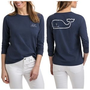 Vineyardvines long sleeve graphic whale pocket tee